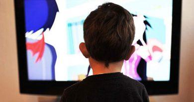 Mengurangi Kebiasaan Anak Menonton Televisi
