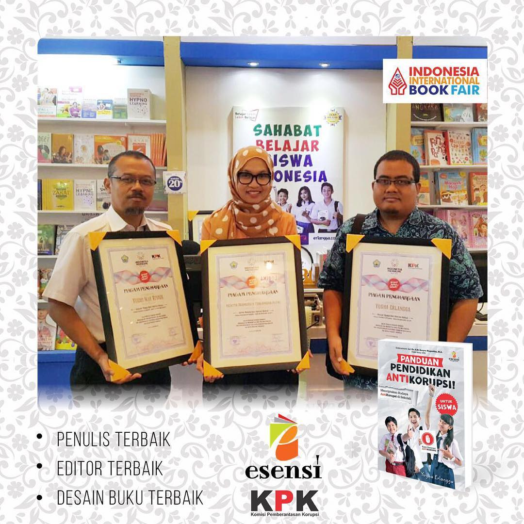 Penghargaan Literasi Antikorupsi oleh KPK dan Ikapi