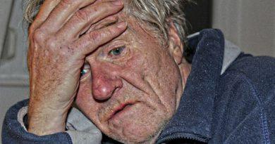 10 Gejala Umum Demensia Alzheimer's