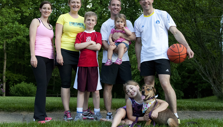 Cara Ampun Mengenalkan Olahraga pada Anak